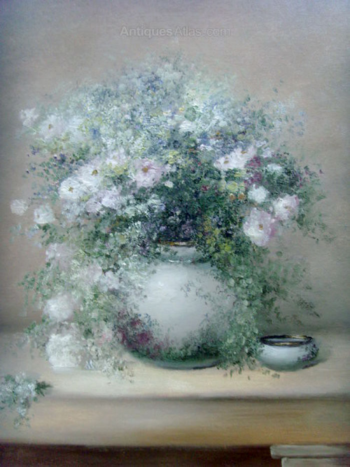 Натюрморт с розовыми розами